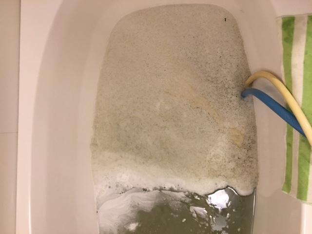 湯張りで黒い汚れが止まらない⑫