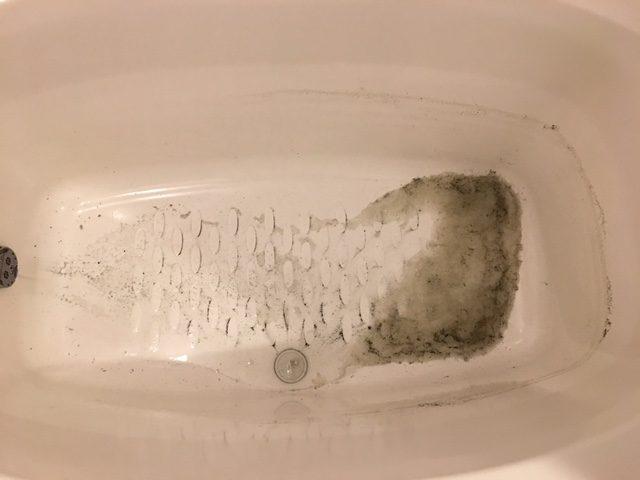 湯張りで黒い汚れが止まらない⑬