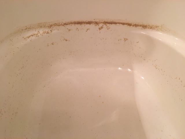 湯張りで薄茶色汚れが出てくる⑰